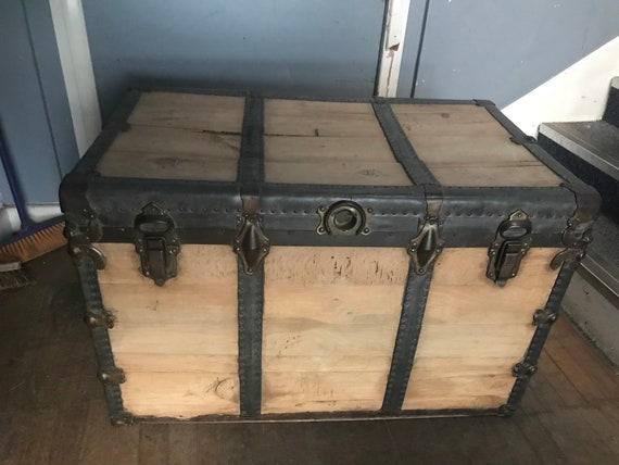 Large vintage wooden steamer/trunk- buyer to arrange courier or collect