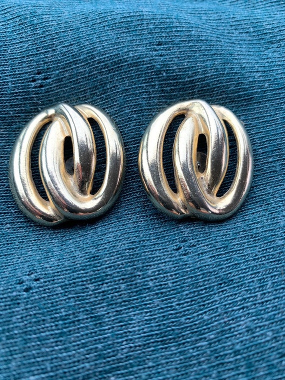 Vintage gold metal clip on earrings