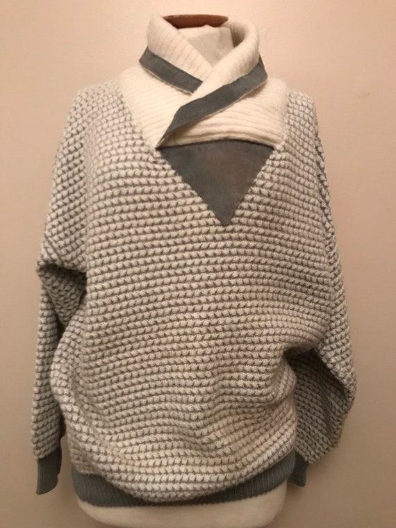 1980's vintage chunky jumper with grey suede trim