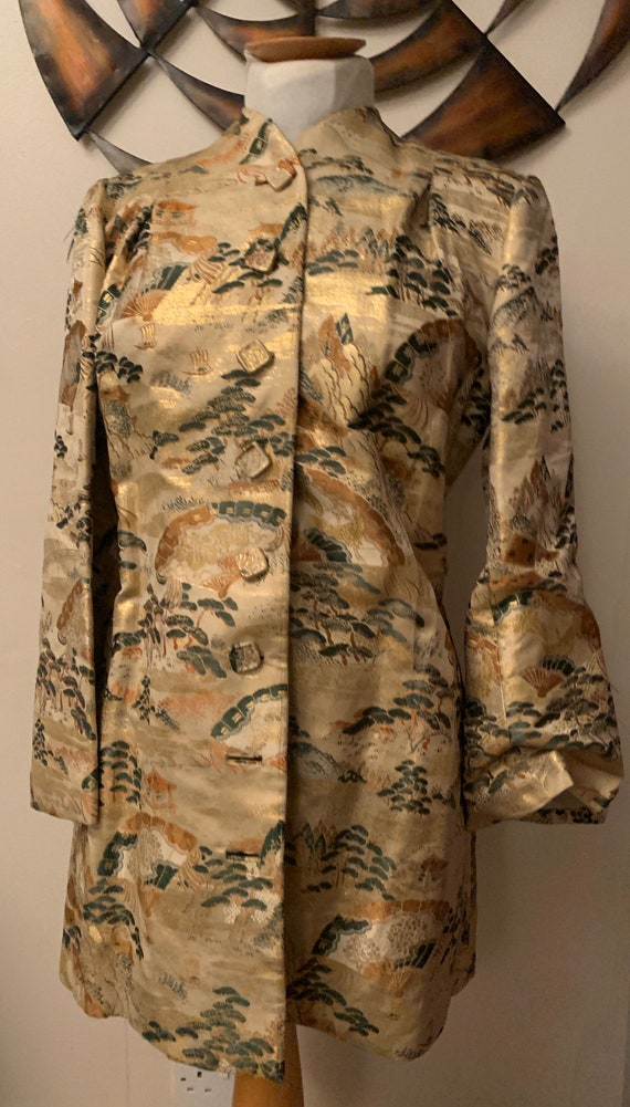 Absolutely stunning 1940's handmade Oriental jacket. Size small