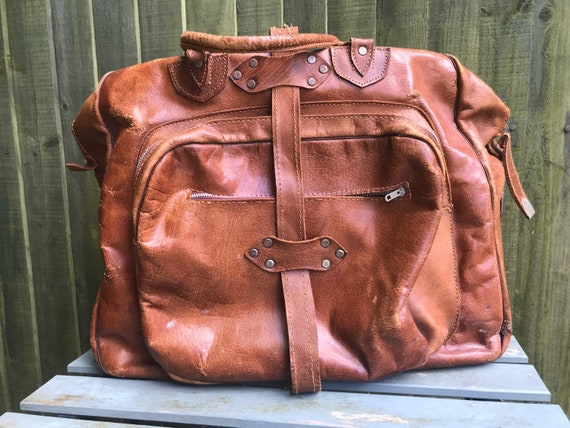 Vintage leather overnight/weekend bag