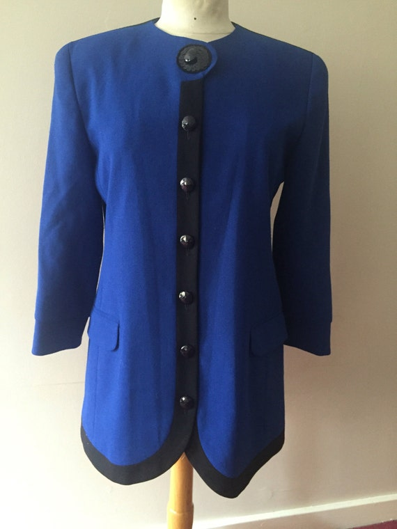 Stunning royal blue two piece skirt suit size 12
