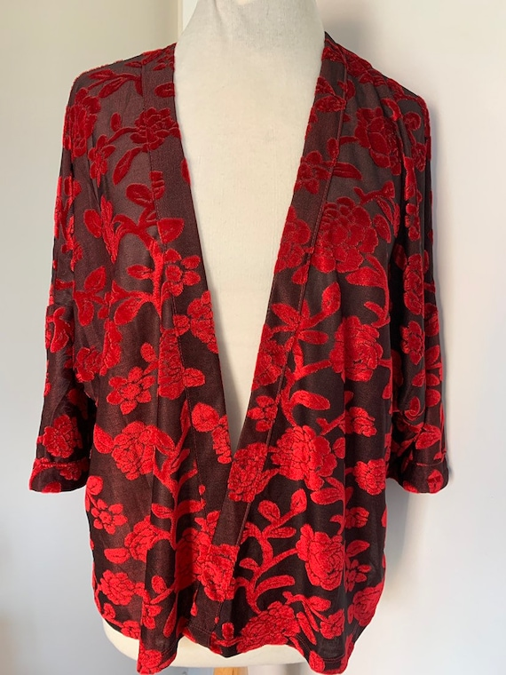 Red velvet floral top size L by Gypsy heart