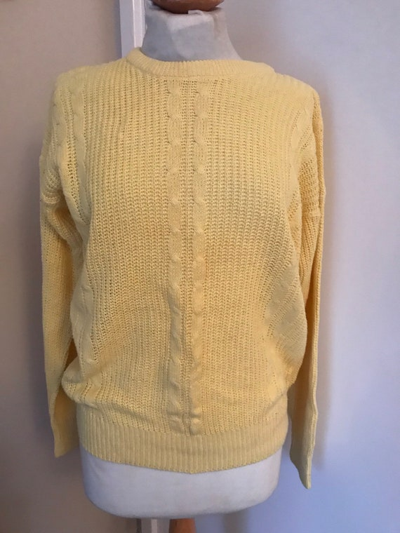 Cable knit vintage yellow jumper size M 12/14 uk
