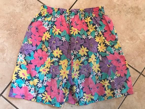 Vintage 1980's floral shorts size 8