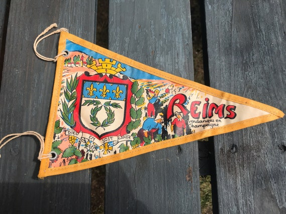 Vintage Pennant flag of Reims