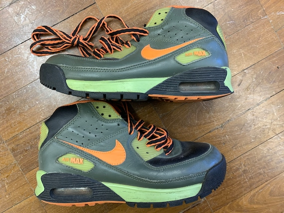 Vintage Nike Air max 90's  hi top trainers in green size Uk 5