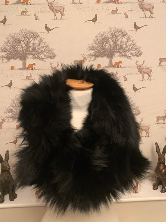 Vintage black fur scarf/cape