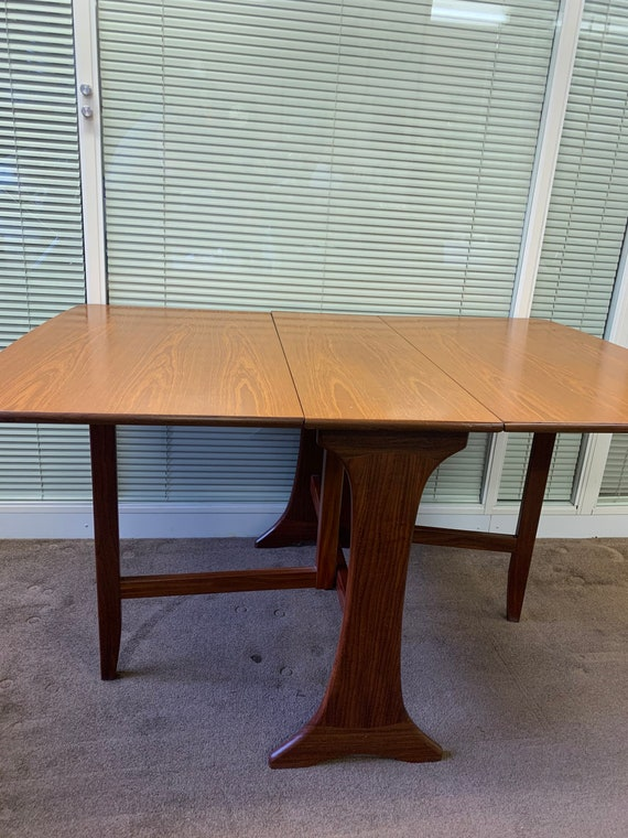 G plan mid century fold down table buyer to collect or arrange courier from CR04AA