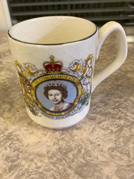 Silver Jubilee 1977 mug Queen Elizabeth 2 1953-1977