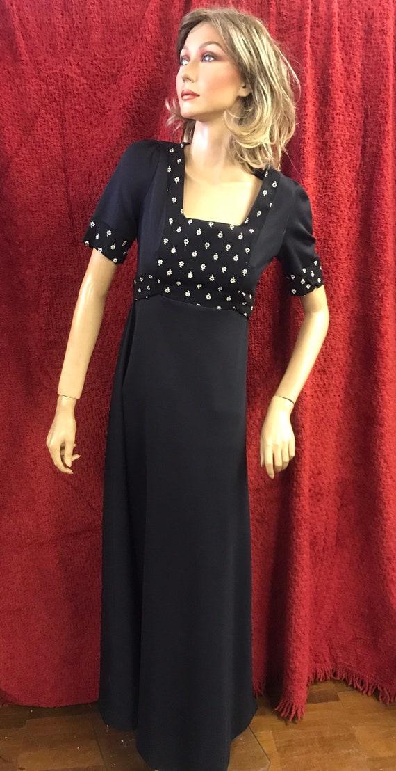 Handmade 1970's dress size 10-12(uk)
