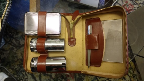 Vintage Men's Wash Set with Brown Leather Case Travel Case Wash Bag