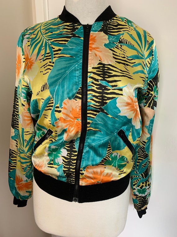 Vintage Bomber jacket with leaves and flower fabric size uk 10