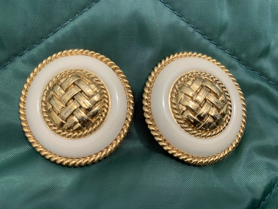 Vintage gold herringbone clip on earrings