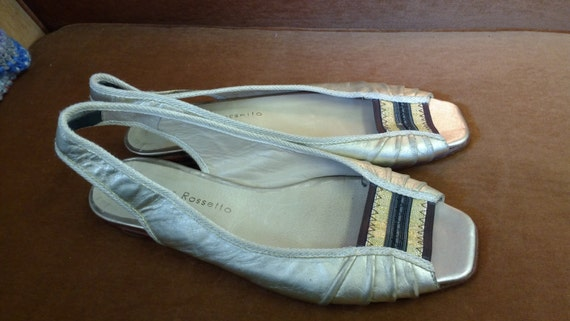 Vintage Gold Sandals with Gold/Brown Elasticated Toe Front UK Size 5