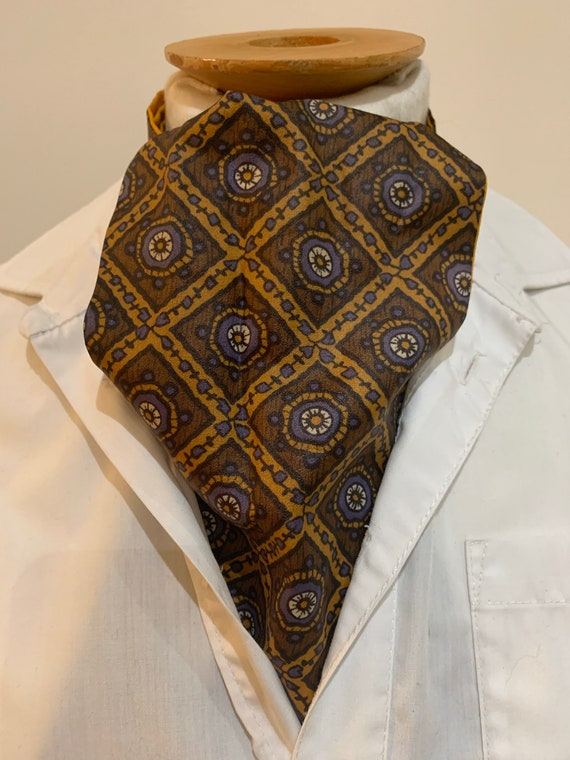 Vintage Tootal  Grosvenor patterned cravat