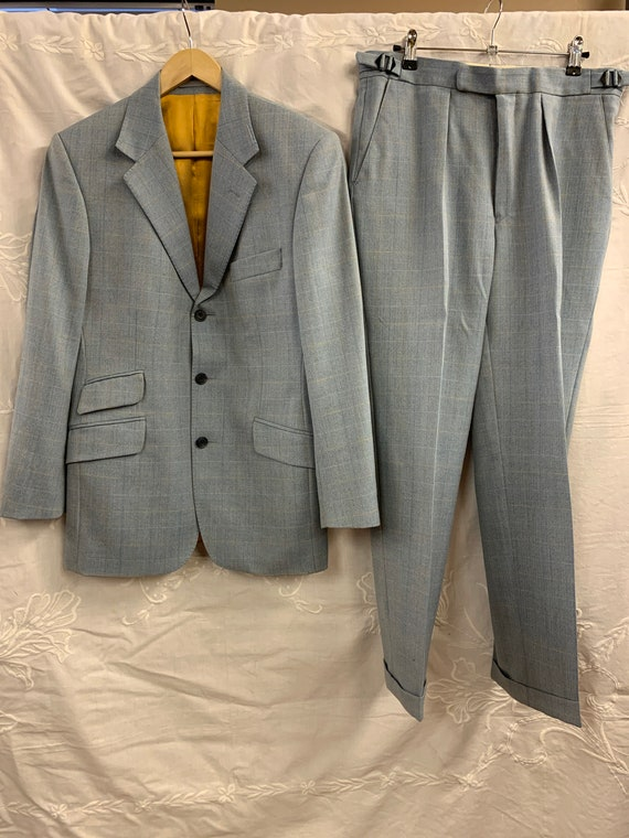 """Mens two peice hand made suit. 38"""" chest 32"""" leg"""