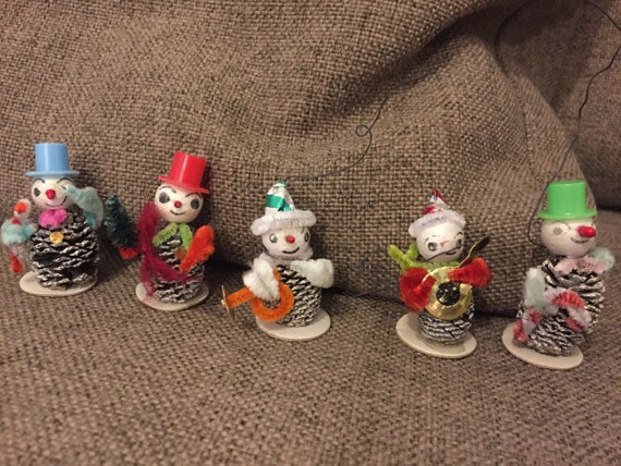 5 vintage handmade Christmas tree decorations/baubles