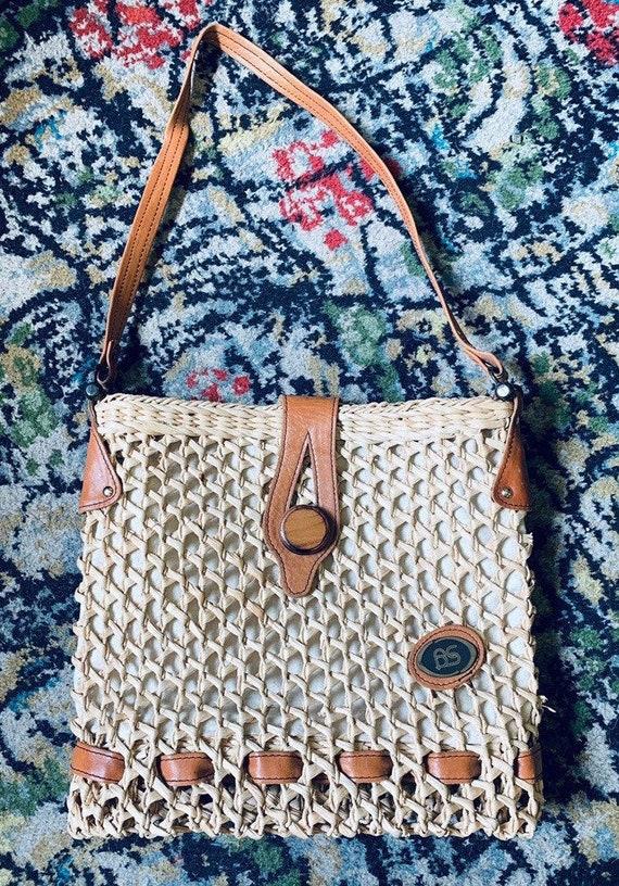 Gorgeous vintage raffia and leather shoulder/shopping/school bag