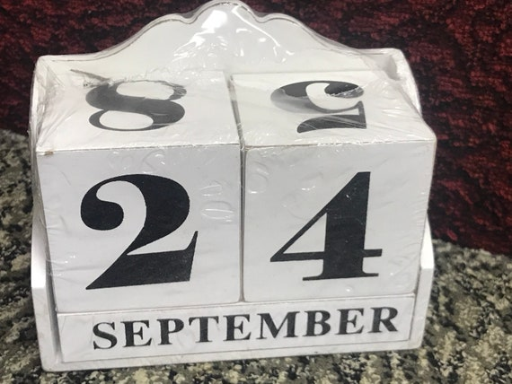 Perpetual calander - shabby chic style