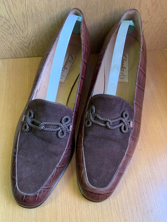 Vintage Clark's brown leather shoes size 5
