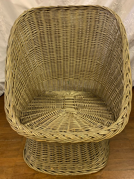 Vintage 1970's bohemian gold wicker tub chair- collection only