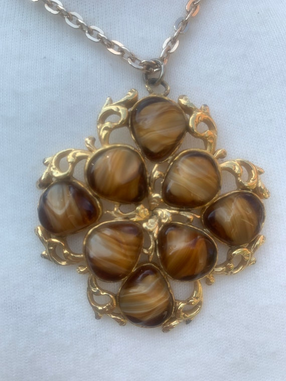 Rare 1960's funky amber pendant necklace in gold metal
