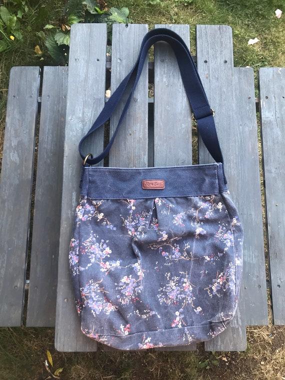 Rare earth blue floral dabric handbag