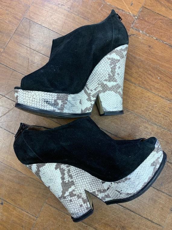 Vintage Kurt Geiger suede shoes with snake skin platform soles size uk 8/41