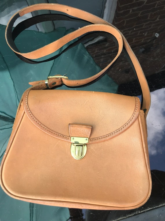 Beautiful tan leather satchel style handbag