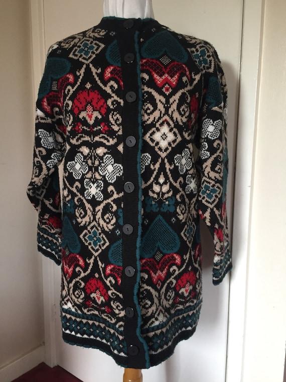 Beautiful 1980's vintage patterned Cardigan
