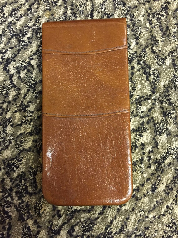 Mens leather cigar case by GBD