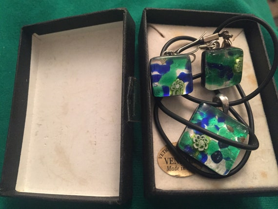 Murano glass earrings and necklace