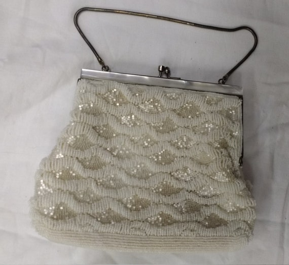 Vintage White Pearlescent Beaded Purse Bag - image 2