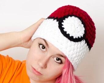 Ready-to-ship Crocheted Pokeball hat LINED white fleece, Adulte size large (Pokemon inspired), geek hat fanart