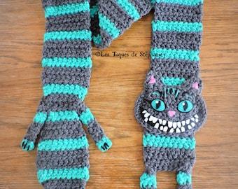 Crocheted Cheshire scarf CUSTOM, Alice in wonderland inspired Tim Burton version