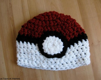 Ready-to-ship Crocheted Pokeball hat LINED white fleece, baby size 12 months (Pokemon inspired), geek hat fanart