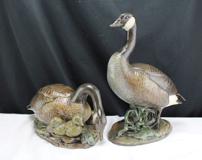 Vintage Pair Canada Goose/Canadian Geese Figurines Ceramic Painted Wild Birds