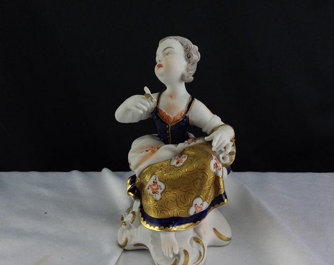 Antique Unterweißbach/Unterweissbach Dresden, Germany Hand Painted Porcelain Figurine Woman Flowers Gold Dress