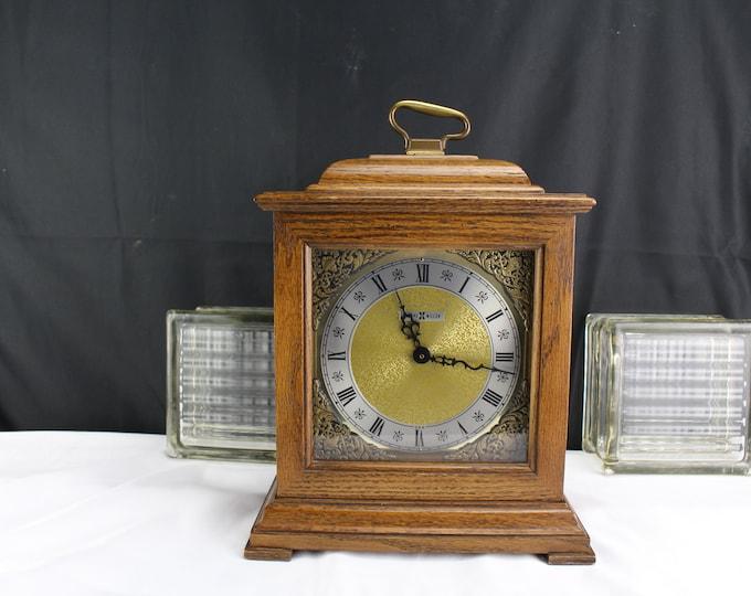 Howard Miller Deluxe Real Chiming Quartz Mantel Clock Oak Wood Case