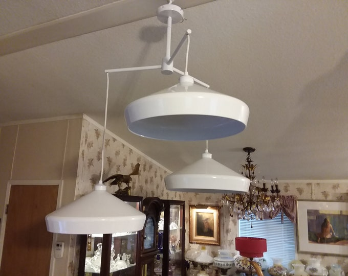 Vintage Art Deco Ceiling Pendant Light Fixture 3 Industrial Metal Shades all White
