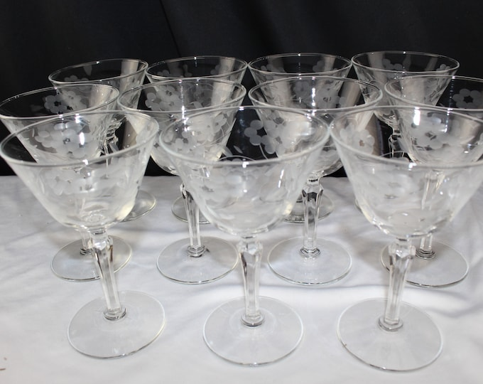 11 Vintage 1930's Engraved Champagne Coupes Stemware Anchor Hocking
