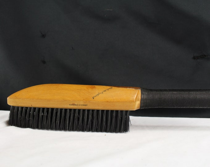 Antique/Vintage Pure Bristle Coat/Clothing Brush Handle Wood Duster England GB Kent & Sons