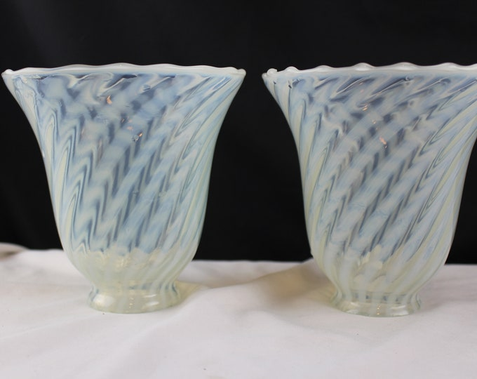 "Mid Century Modern Opalescent Murano Latticino Art Glass Light/Lamp Shade 2 1/4"" fitter Sconce Style"