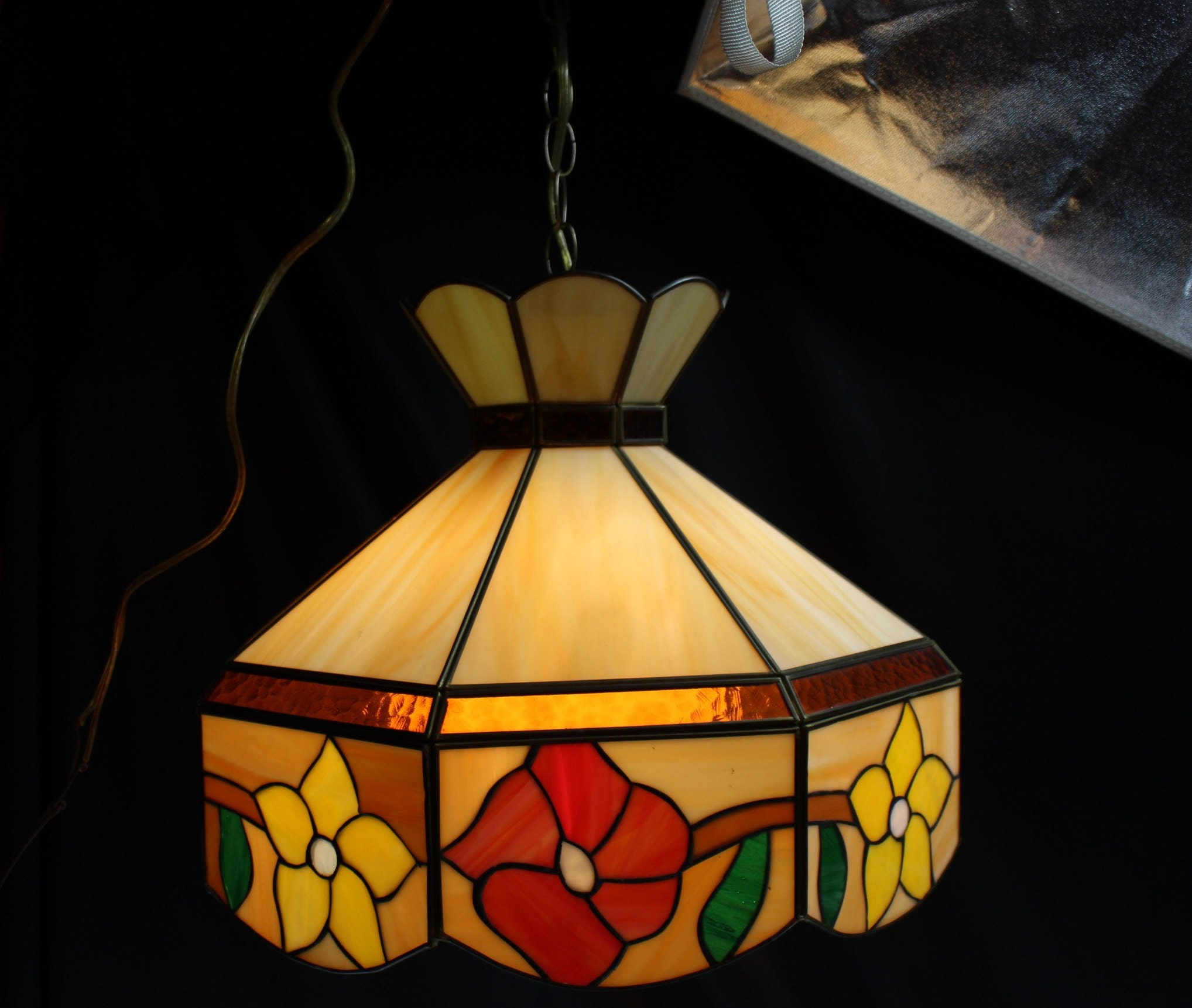 Attirant Vintage Tiffany Style Leaded Stained Glass Hanging Light Lamp Shade Fixture  Pendant Lighting Home Decor