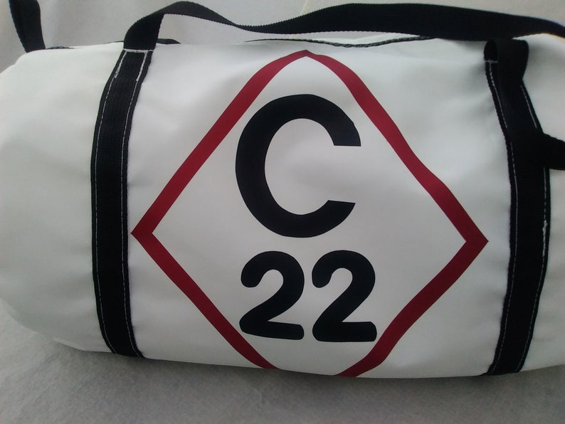 af370c25a743 Catalina 22 duffel bag Capri 22 recycled sail duffle zipper