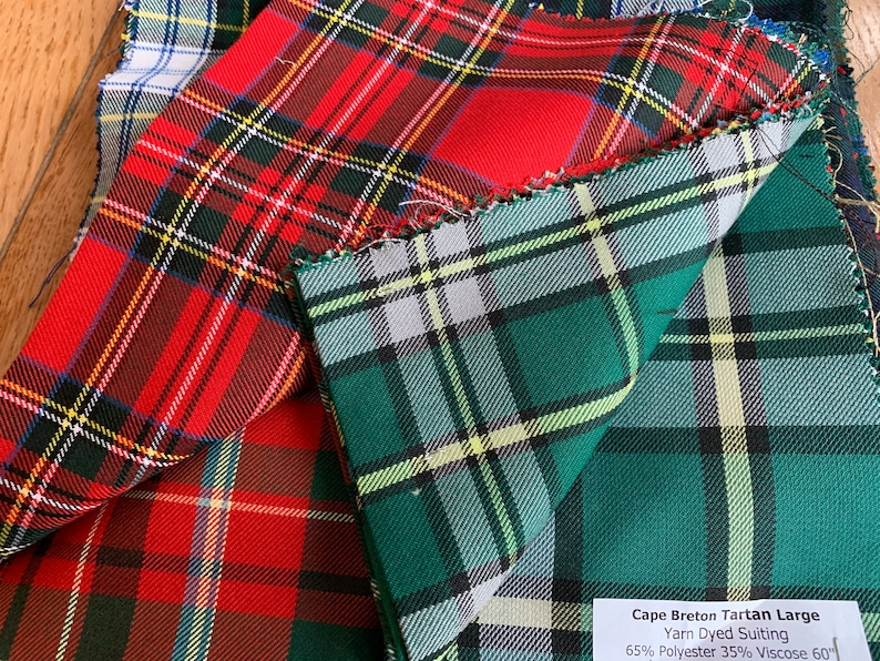Tartan Fabric 65/% Polyester 35/% Viscose Red Green Modern Half Metre