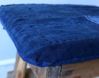 MITSUGU SASAKI/Japanese boro patchwork sashiko cushion/Zabuton/antique cotton/ranru noragi kimono/hand stitched/handwork/remade/010