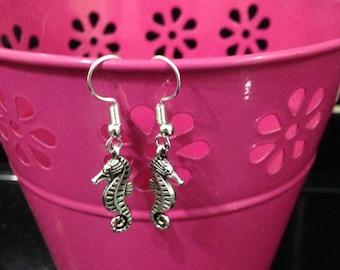 Seahorse Drop Fashion Earrings, Sea Life Dangle Earrings, Pretty Jewelry Gifg For Her, Aquatic Earrings, Nautical Jewellery, Charm Earrings