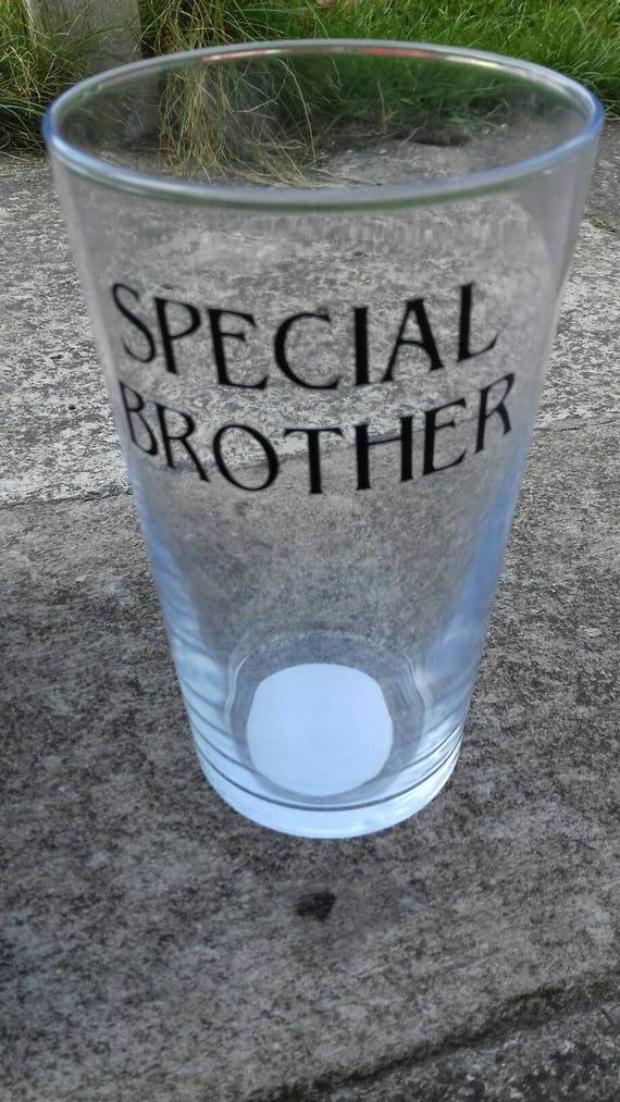 Speciale Broer Pint Pot Cadeau Voor Uw Bro Vinyl Pint Etsy